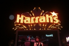 Покер БЛИЦ: Пореден покер обир, Съдебно дело за Harrah's...