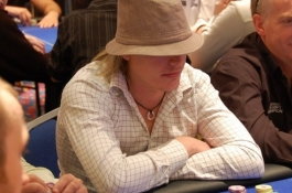 PokerNews Boulevard: Vechtpartij bij APPT, Nederlandse tegenstand voor Isildur1, en meer..
