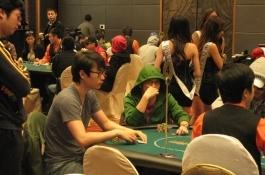 Asian Poker King Tournament 2日目: ファイナルテーブルに向けて