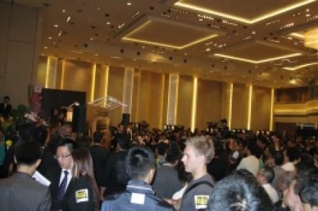 亚洲扑克新闻推荐扑克室:扑克王俱乐部
