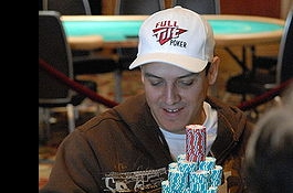 Carlos Mortensen leder LA Poker Classic