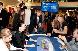 Eesti ja Soome staarid võistlesid pokkeris laste toetuseks