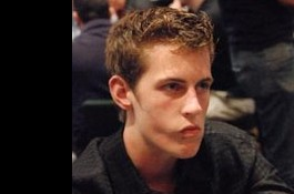 Mike McDonald slutar med poker