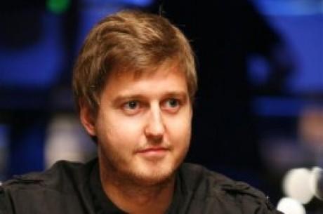 WSOP  - Svenske Erik Sagstrøm leder Players Champions