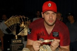 World Series of Poker 2010, День 5: Michael Mizrachi выигрывает в Player's...