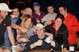 World Series of Poker 2010, День15: David «Bakes» Baker и Eric Buchman получают...