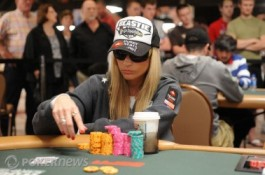 2010 World Series of Poker Ден 23: Vanessa Rousso сред последните осем в...