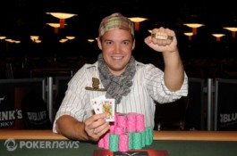 2010 World Series of Poker Day 26:  O Kwaysser κερδίζει WSOP Βραχιόλι, η...