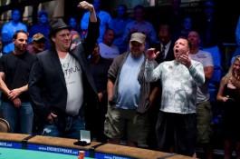 41. WSOP harmincadik nap: Gavin Smith-nek is megvan az első, a magyaroknak drukkolhatunk...