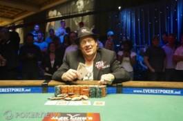 World Series of Poker 2010, День 30: Gavin Smith получает первый...