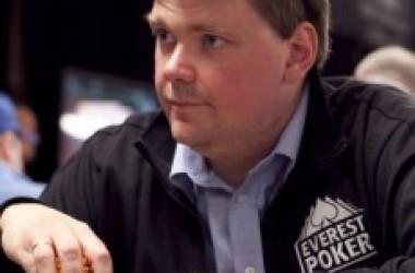 Sigurd Eskeland sikrer Norges første bracelet ved årets WSOP