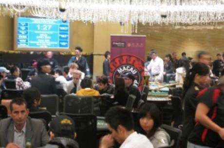 トーナメント・ポーカーの大きな週の間のマカオ頭