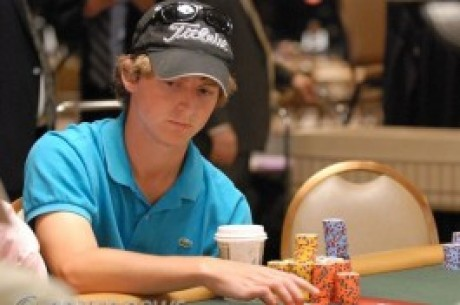 UK Pokernews Roundup: Main Event Day 1A Chip Counts, 3rd for Kerr in Event #54, and more