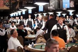 41. WSOP főverseny: A 2a nap ültetése négy magyarral és sok profival