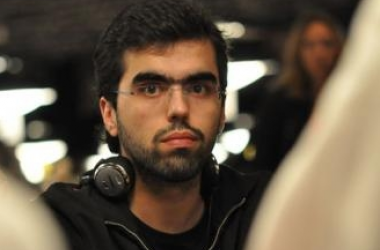 World Series of Poker: 3 Portugueses no Dia 3 do Main Event
