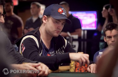 UK Pokernews Roundup: Main Event Down to 205 Players, Rob Akery Makes WPT Final Table, and more