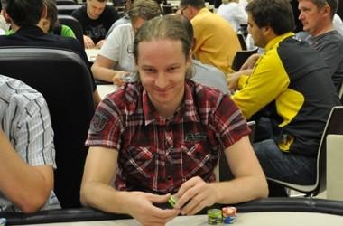 EPT Tallinn 2010: Runnar Lindepuu võitis €300 NLH turniiri!