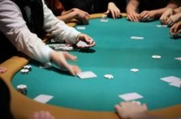 Jogador Preso sob a Alegação de Cuspir no Dealer