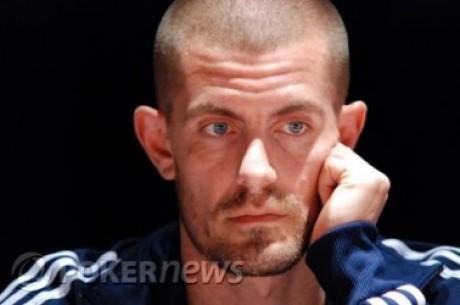 Online high-stakes poker: Hansen ei saa kuidagi mängu käima