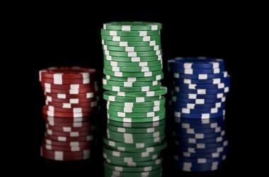 Vissza az iskolapadba 2 - NLHE stratégia: mennyi pénzzel ülj le játszani?