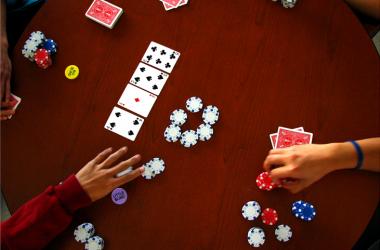 Обзор новостей покера: Организатор онлайн...