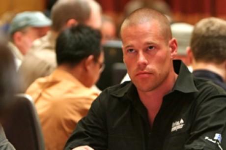 Golfban csatáznak a póker nagyágyúi