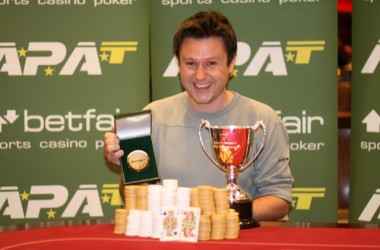 Tod Wood Wins APAT English Amateur Poker Championships