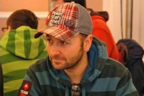2010 EPT Vídeň, Den 2: V čele stanul Negreanu, Hrubý stále ve hře!