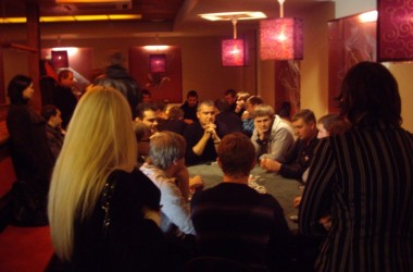 Atrankiniai sportinio pokerio turnyrai sulaukė didelio susidomėjimo