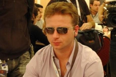 Ο Κώστας Νάνος chip leader αυτήν την στιγμή στο PokerStars EPT...