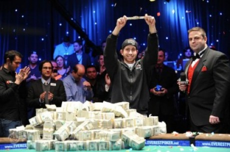 Jonathan Duhamel, ganador del Main Event de las World Series of Poker 2010 (8.944.310$)