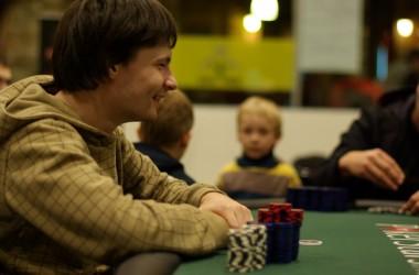 Pokerio TV: LSPT Šiauliai trečios vietos laimėtojas Petras Stulpinas