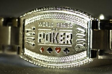 Bracelete do Main Event das WSOP 2008 de Peter Eastgate em Leilão no eBay
