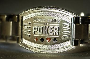 Kaip pokerio bendruomenė vertina WSOP apyrankių aukcionus?