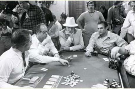 Уголок истории: Занимательные покерные истории
