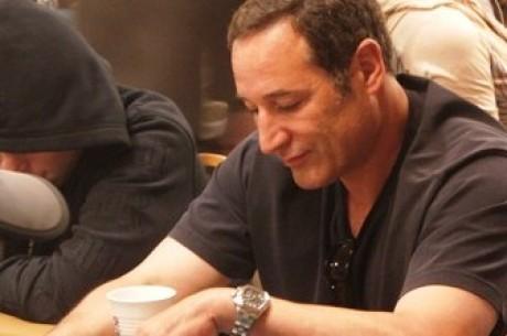 Simpson grunnlegger Sam Simon utsatt for onlinepoker bedrageri.