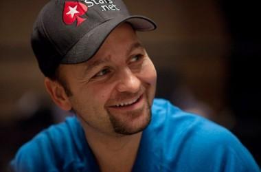 PokerNews Boulevard: Daniel Negreanu blikt terug op 2010, Macau Poker Cup, en meer..