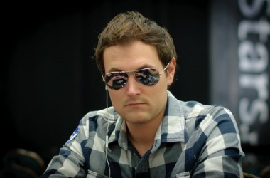 2011 PokerStars Caribbean Adventure Super High Roller Day 1: Reinkemeier Leads After One...
