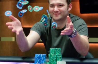 Eugene Katchalov vinner PCA 2011 $100,000 Super High Roller