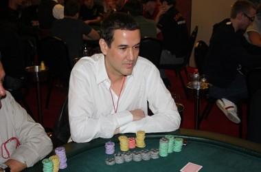 Roberto Santiago ficha por Full Tilt Poker