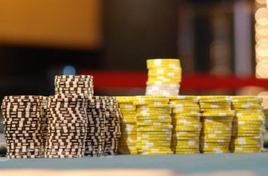 "Онлайн Покер Репорт: Scott ""URnotINdanger2"" Palmer напред..."