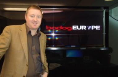 Патрик Селин пита онлайн покер индустрията дали...