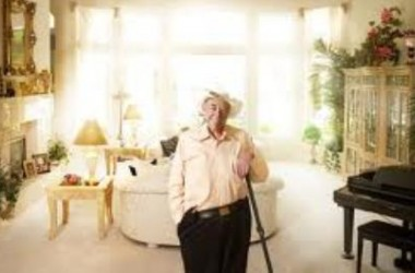 Дойл Брансън с отрицателна проба за рак на кожата