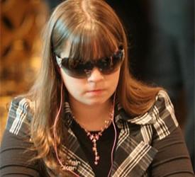 Annette Obrestad želi da pobedi na turniru bez gledanja karata