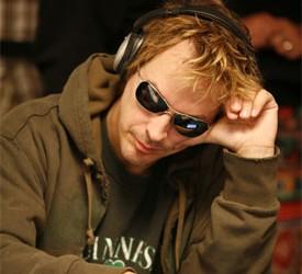 Phil Laak oborio svetski rekord u najdužoj poker sesiji...i nastavlja dalje!