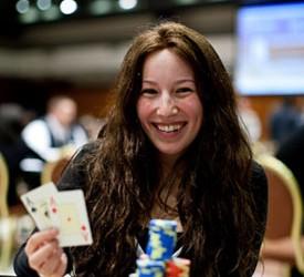 Melanie Weisner potpisala za Full Tilt Poker!