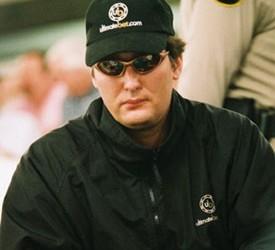 Nastup Phil Hellmutha na WSOP Main Eventu 2010