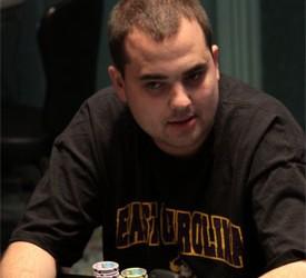 Životni stil i priča profesionalnog poker igrača, Chris Big Huni Hunichen-a
