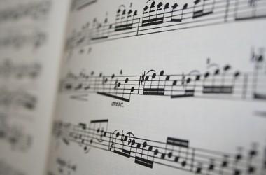Ne visai rimtai: Dainuojantys pro