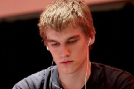 PokerStars SuperStar Showdown: Scott Palmer спечели първи рунд